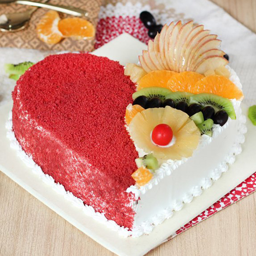 Red Velvet Fruit Cake