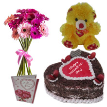 Cake Teddy with Gerbera Bouquet
